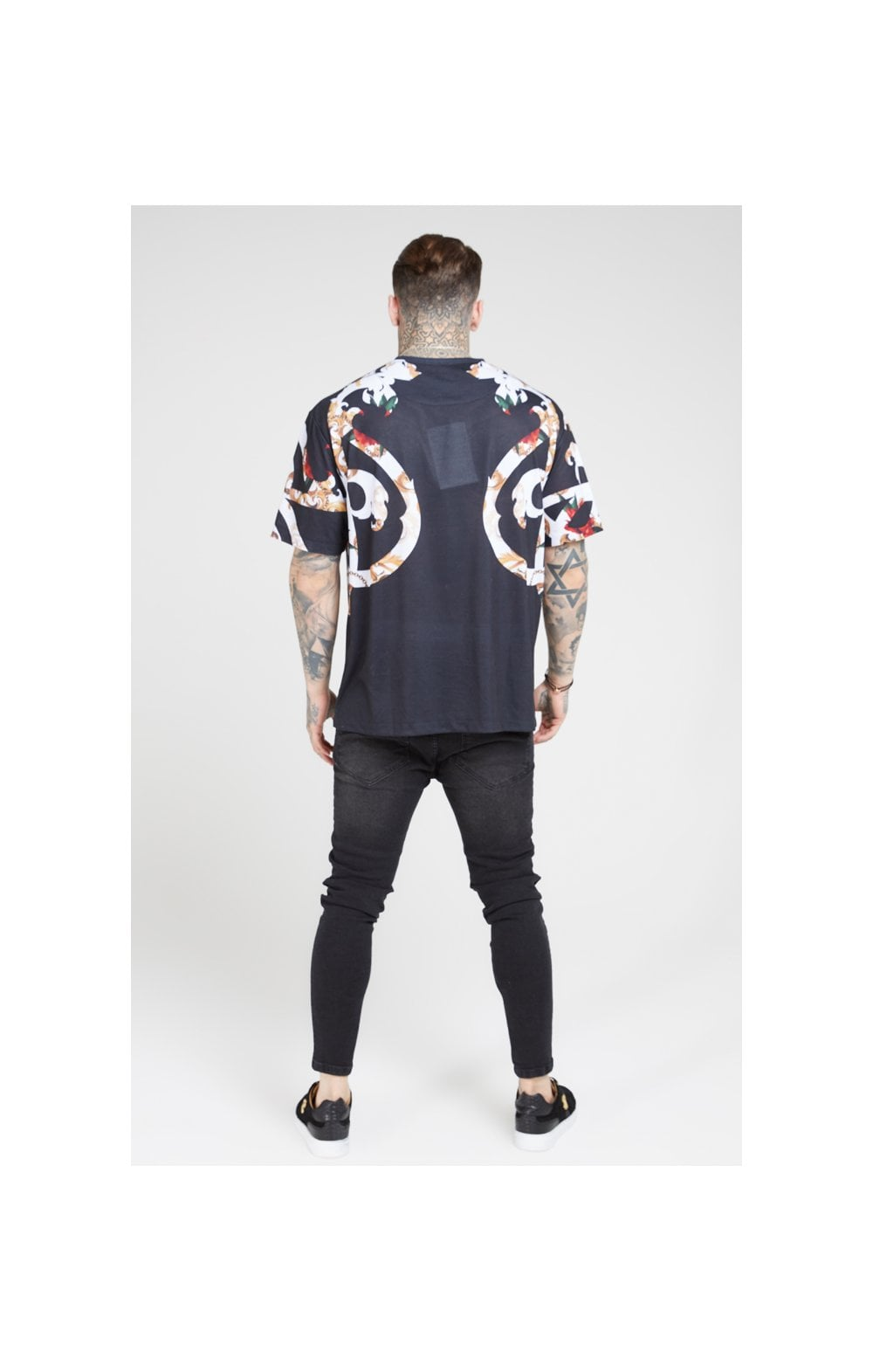 Load image into Gallery viewer, SikSilk Essential Tee - Floral Elegance (4)