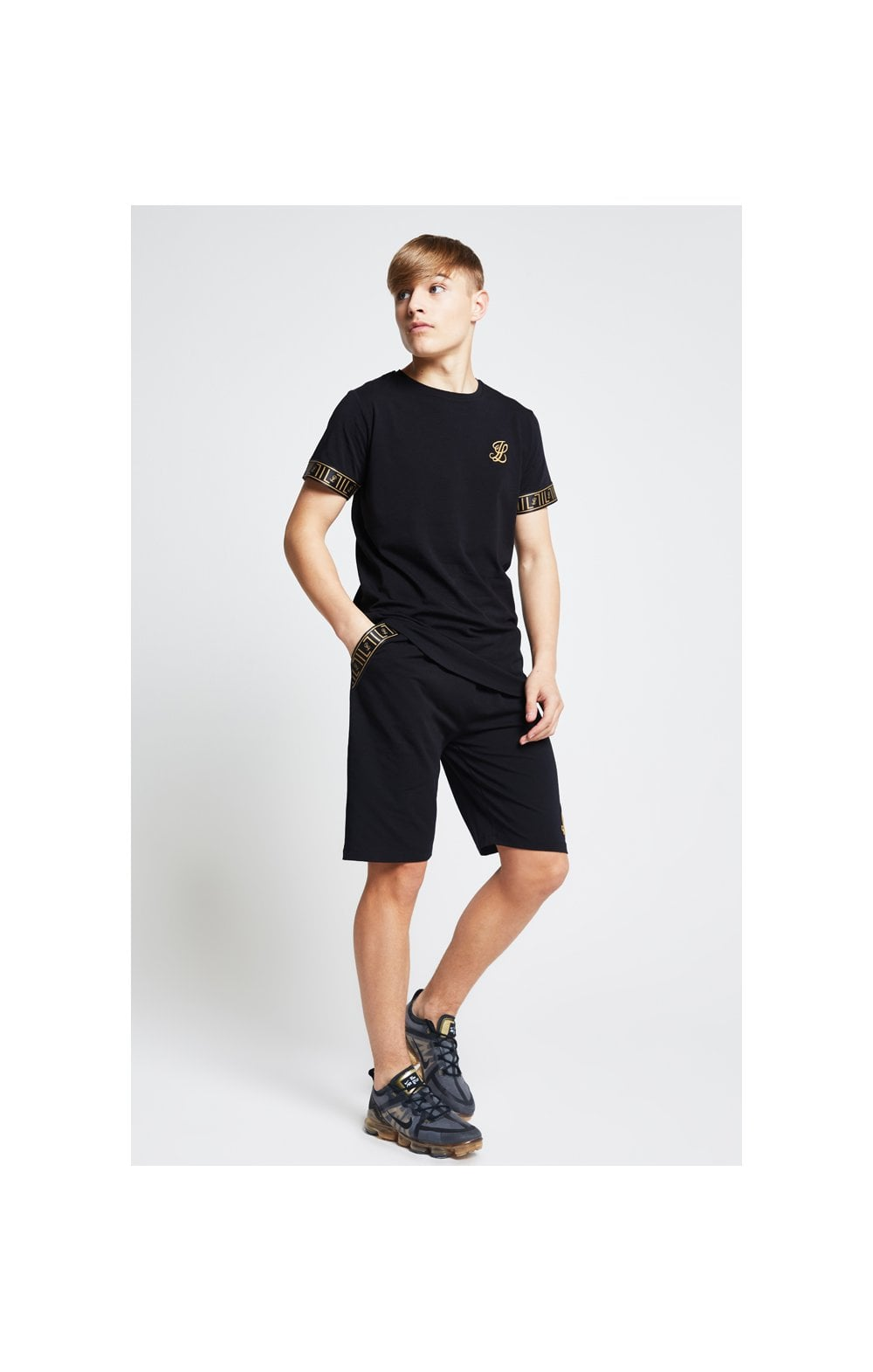 Load image into Gallery viewer, Illusive London Tape Jersey Shorts - Black (2)