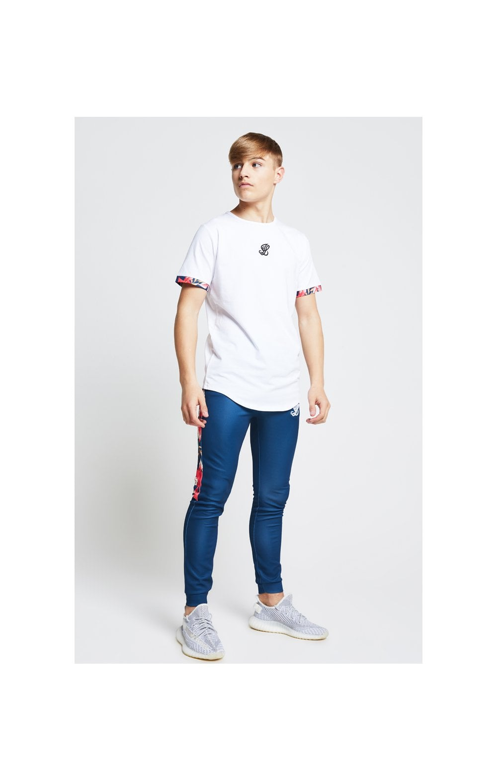 Illusive London Contrast Cuff Tee – White & Tropical Leaf (3)