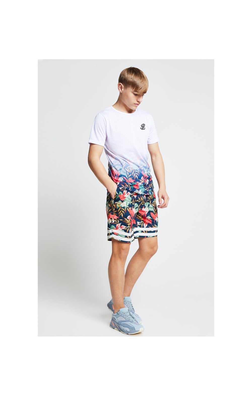 Load image into Gallery viewer, Illusive London Fade Tee – White & Tropical Leaf (3)