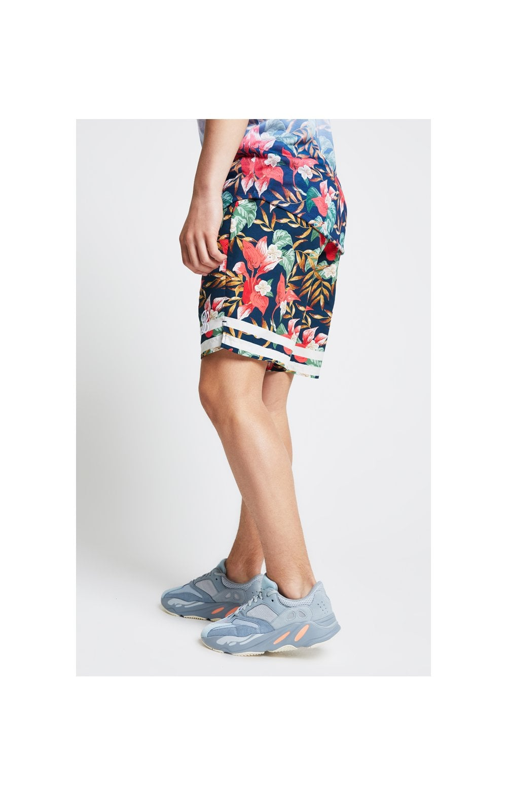 Load image into Gallery viewer, Illusive London Swim Shorts – Tropical Leaf (3)