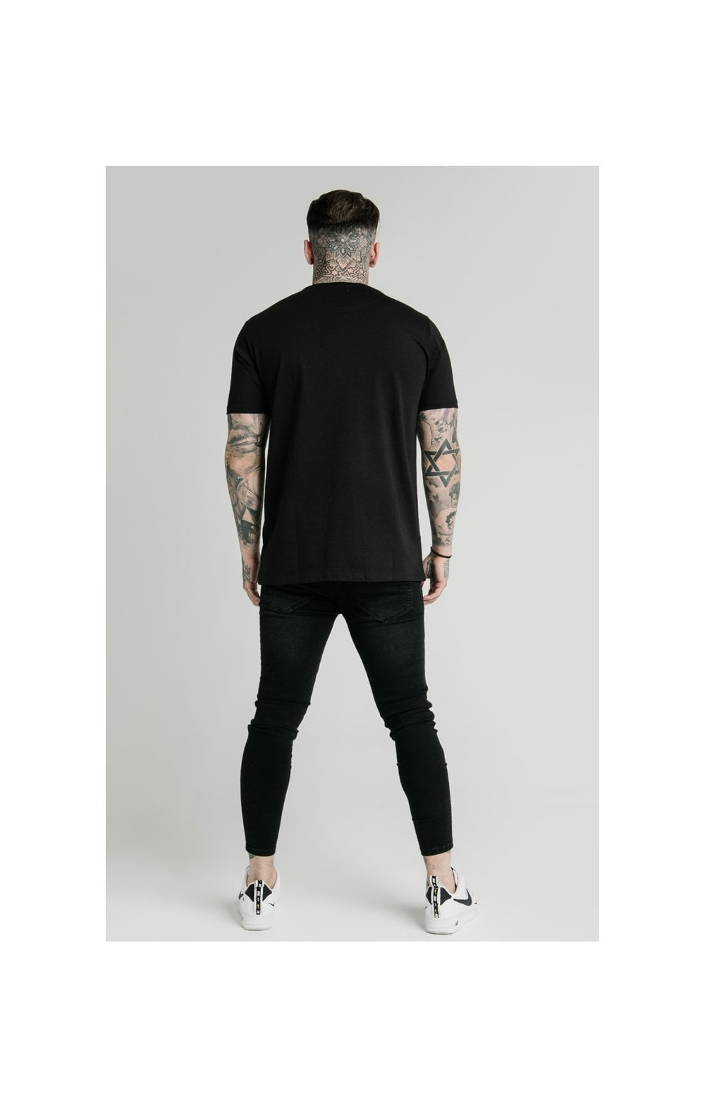 Load image into Gallery viewer, SikSilk x FaZe Apex Standard Square Hem Tee - Black (6)