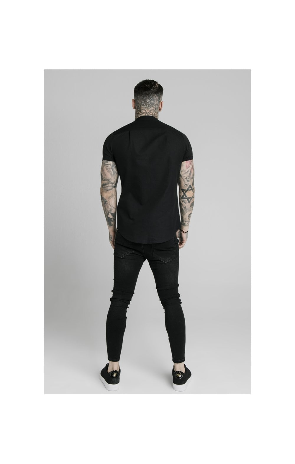 Load image into Gallery viewer, SikSilk S/S Grandad Collar Shirt – Black (4)
