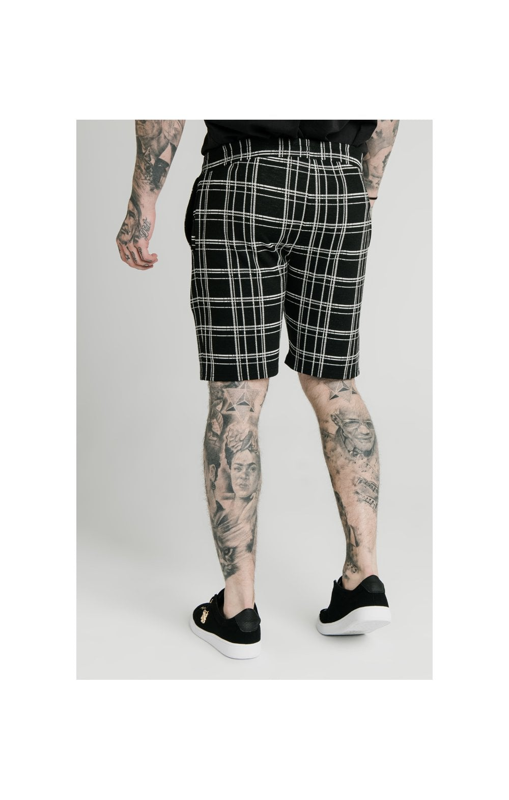 SikSilk Pleated Smart Shorts – Black & White (3)