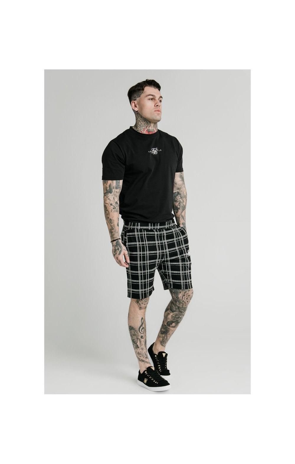 SikSilk Pleated Smart Shorts – Black & White (4)