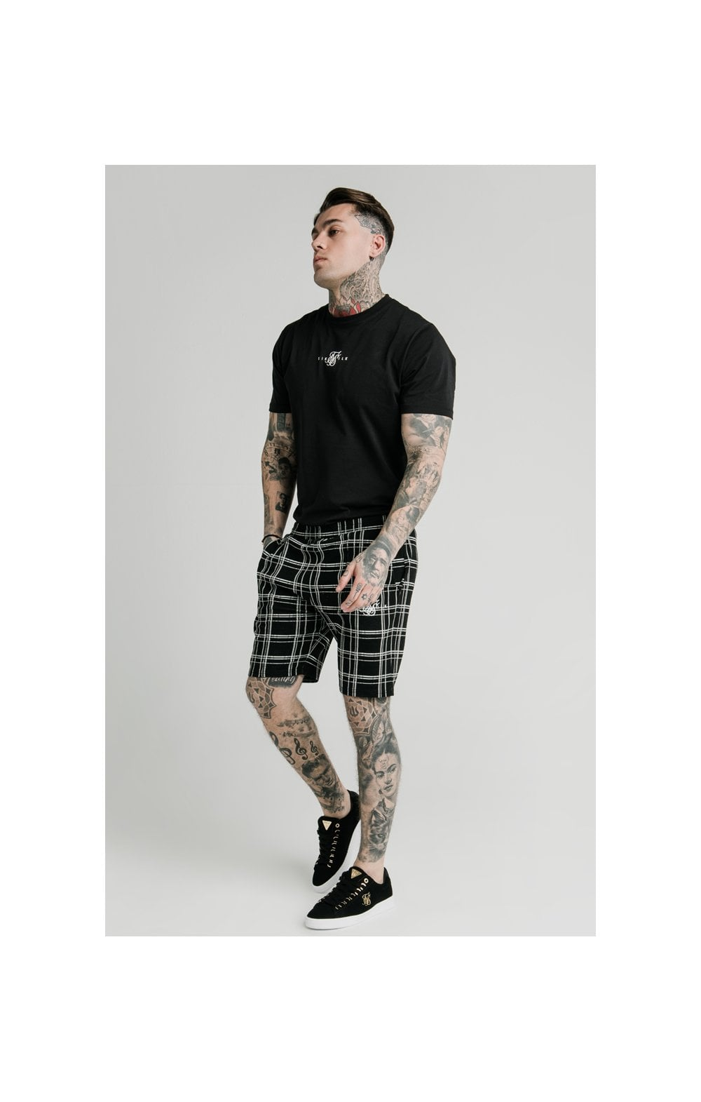 SikSilk Pleated Smart Shorts – Black & White (6)