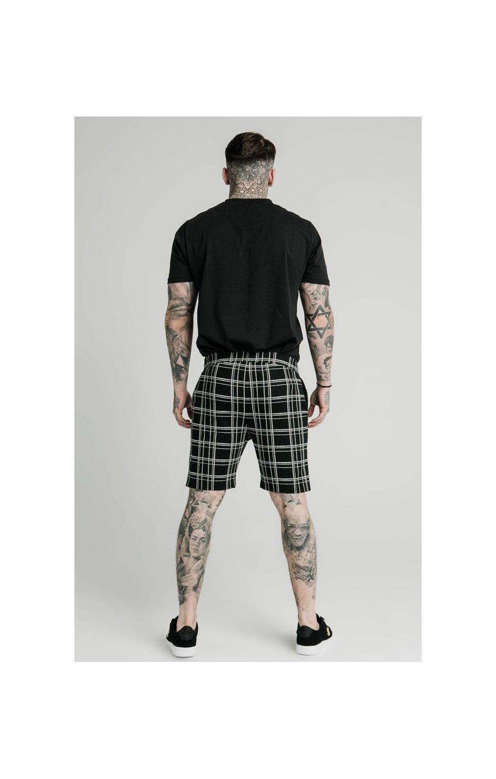 SikSilk Pleated Smart Shorts – Black & White (7)