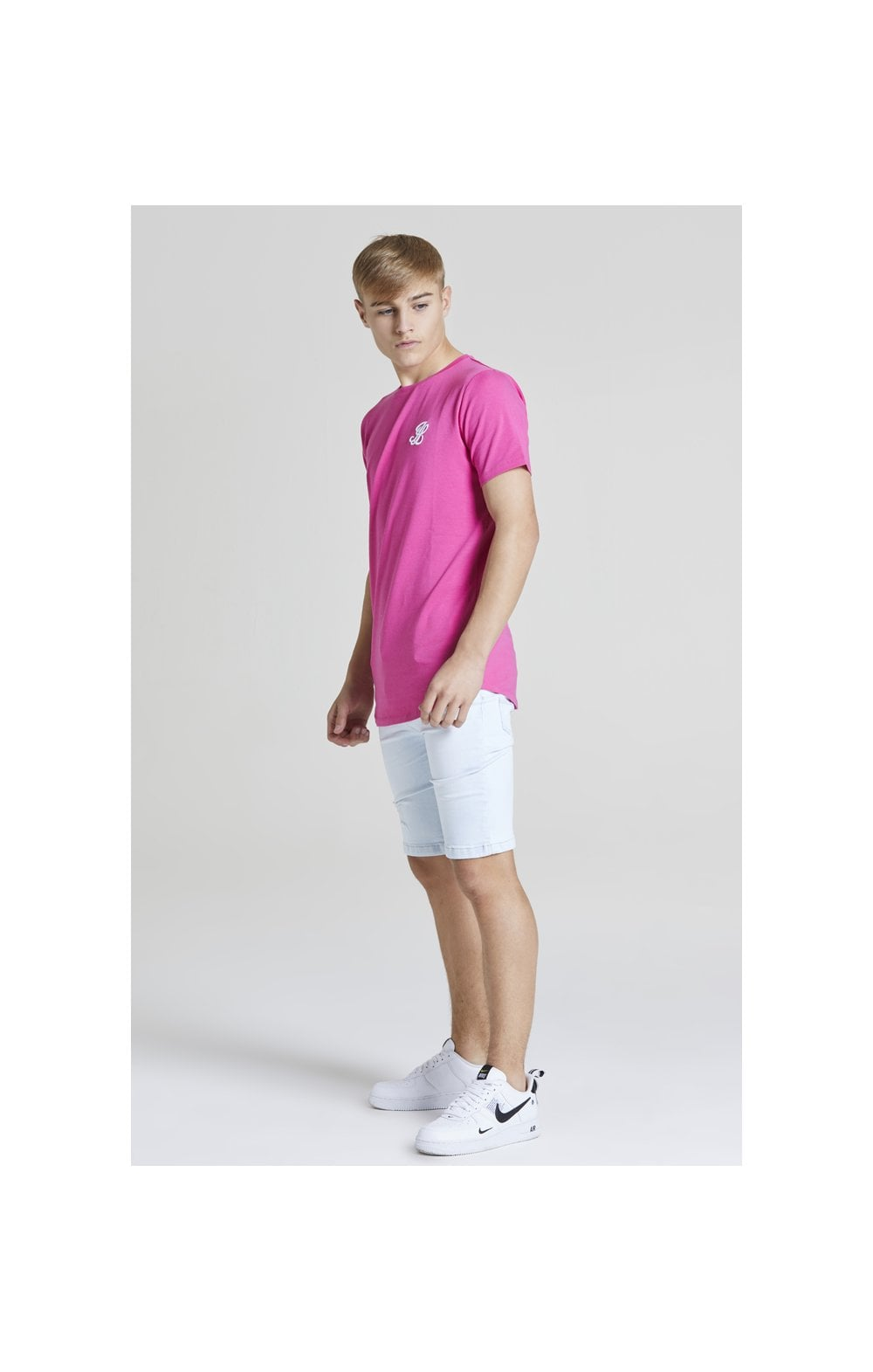 Illusive London Core Tee - Pink (2)