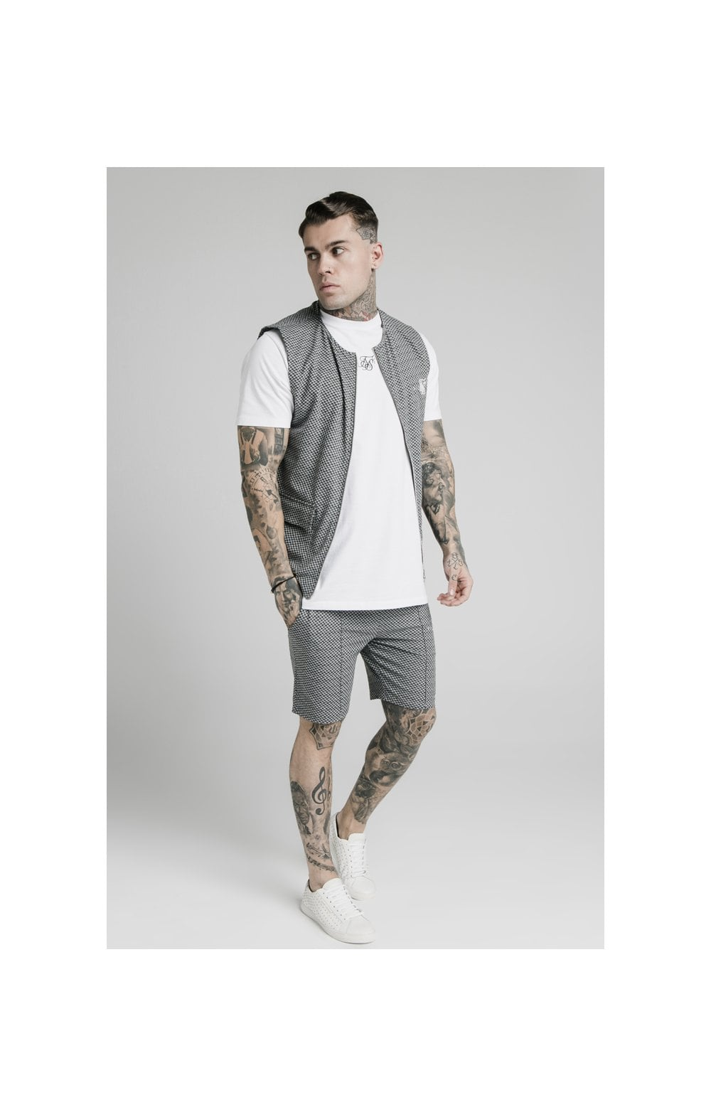 SikSilk Smart Wear Vest - Black & White Dogtooth (2)