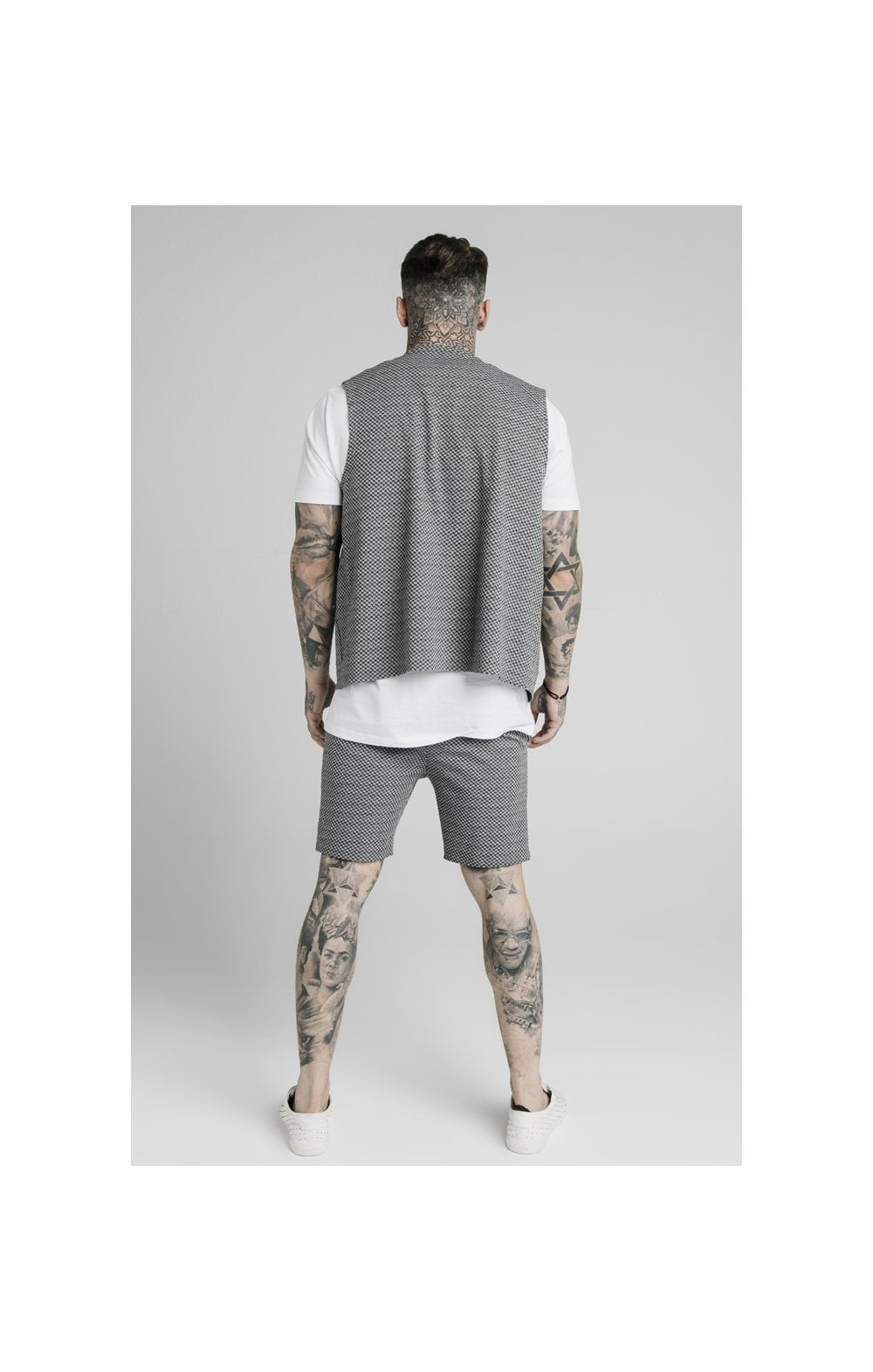 SikSilk Smart Wear Vest - Black & White Dogtooth (5)