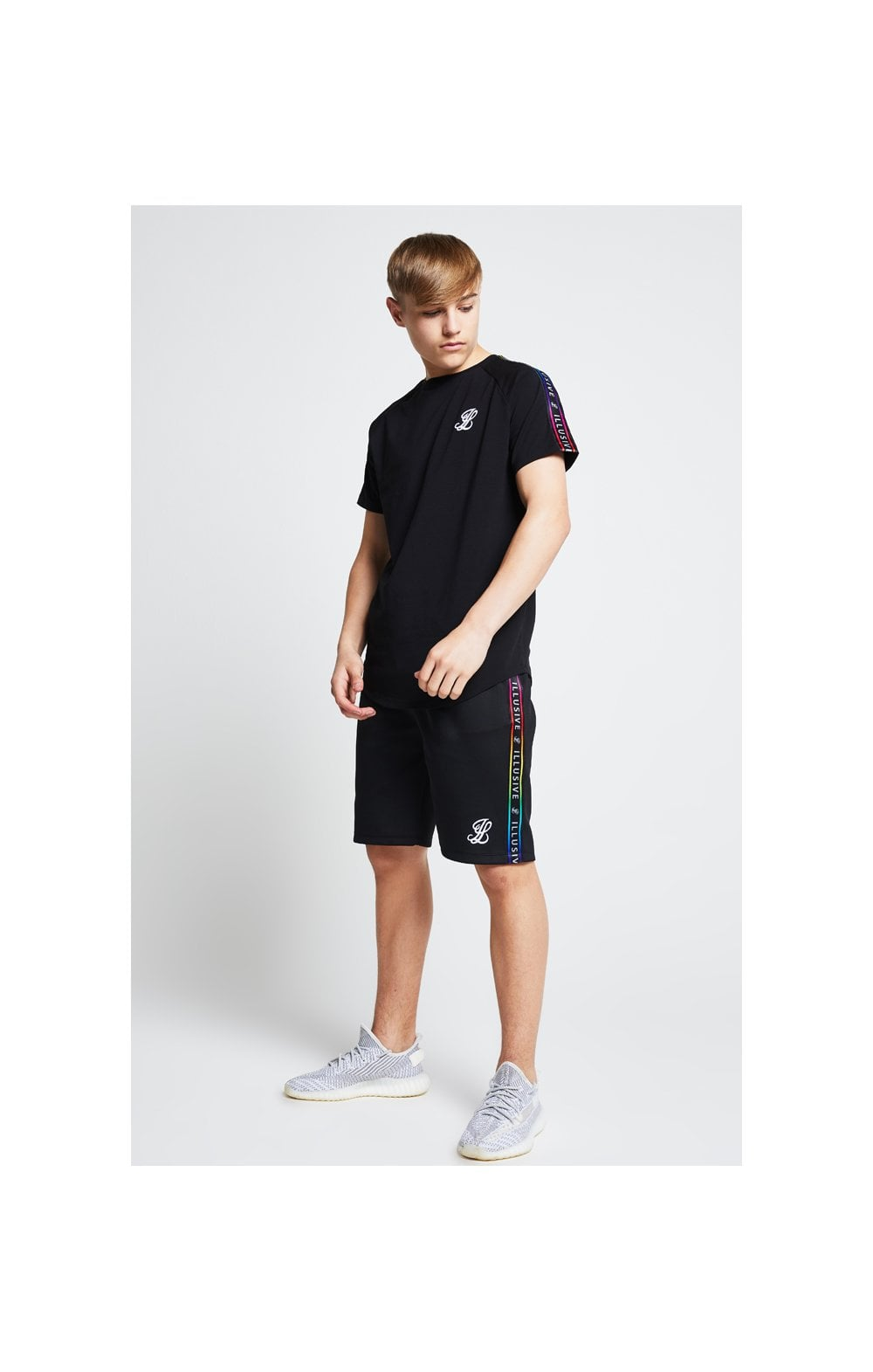 Load image into Gallery viewer, Illusive London Tape Jersey Shorts - Black (4)