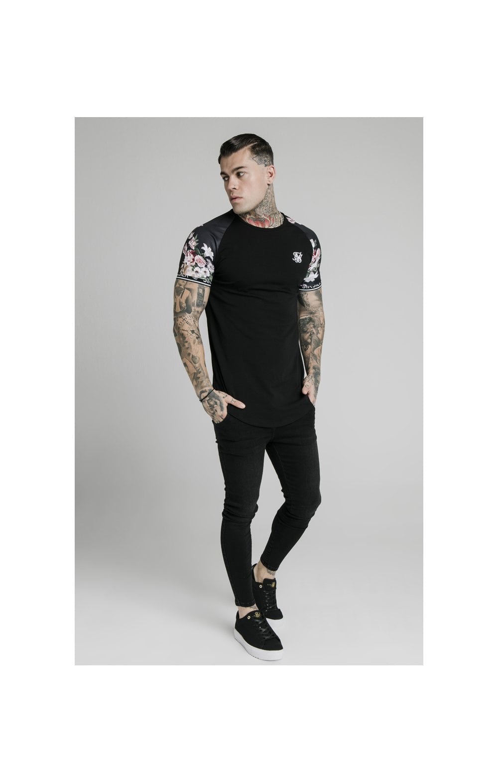 Load image into Gallery viewer, SikSilk S/S Prestige Floral Inset Tech Tee - Black (2)