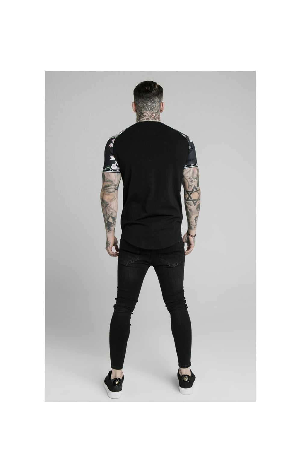 Load image into Gallery viewer, SikSilk S/S Prestige Floral Inset Tech Tee - Black (4)
