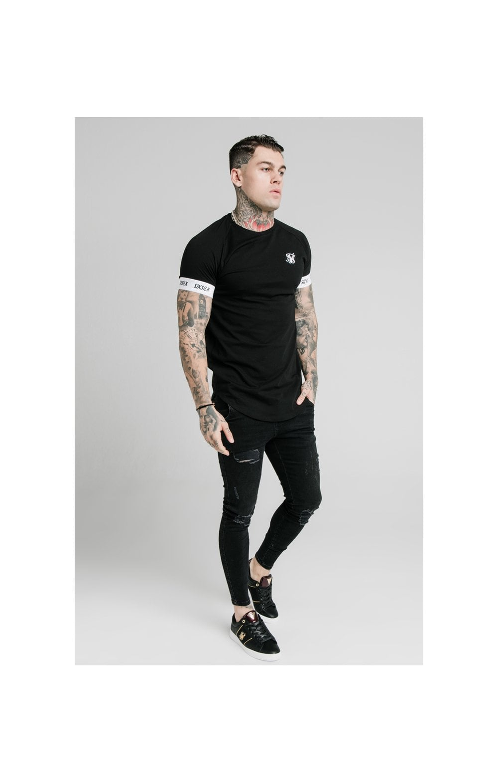 Load image into Gallery viewer, SikSilk S/S Raglan Tech Tee - Black (2)