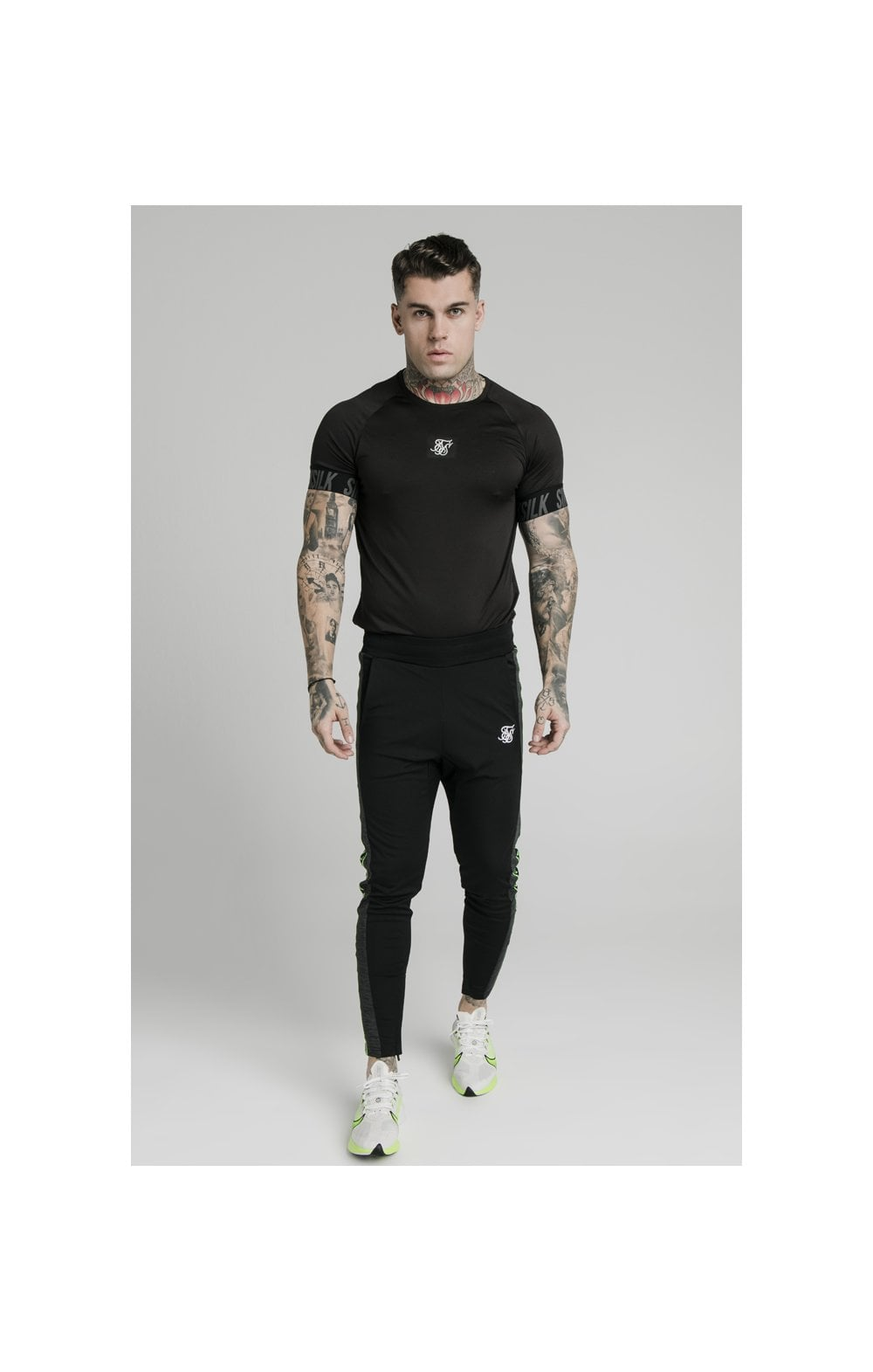 Load image into Gallery viewer, SikSilk S/S Active Tech Tee Black (2)