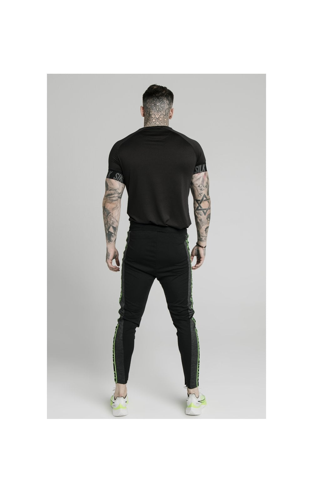 SikSilk S/S Active Tech Tee Black (5)