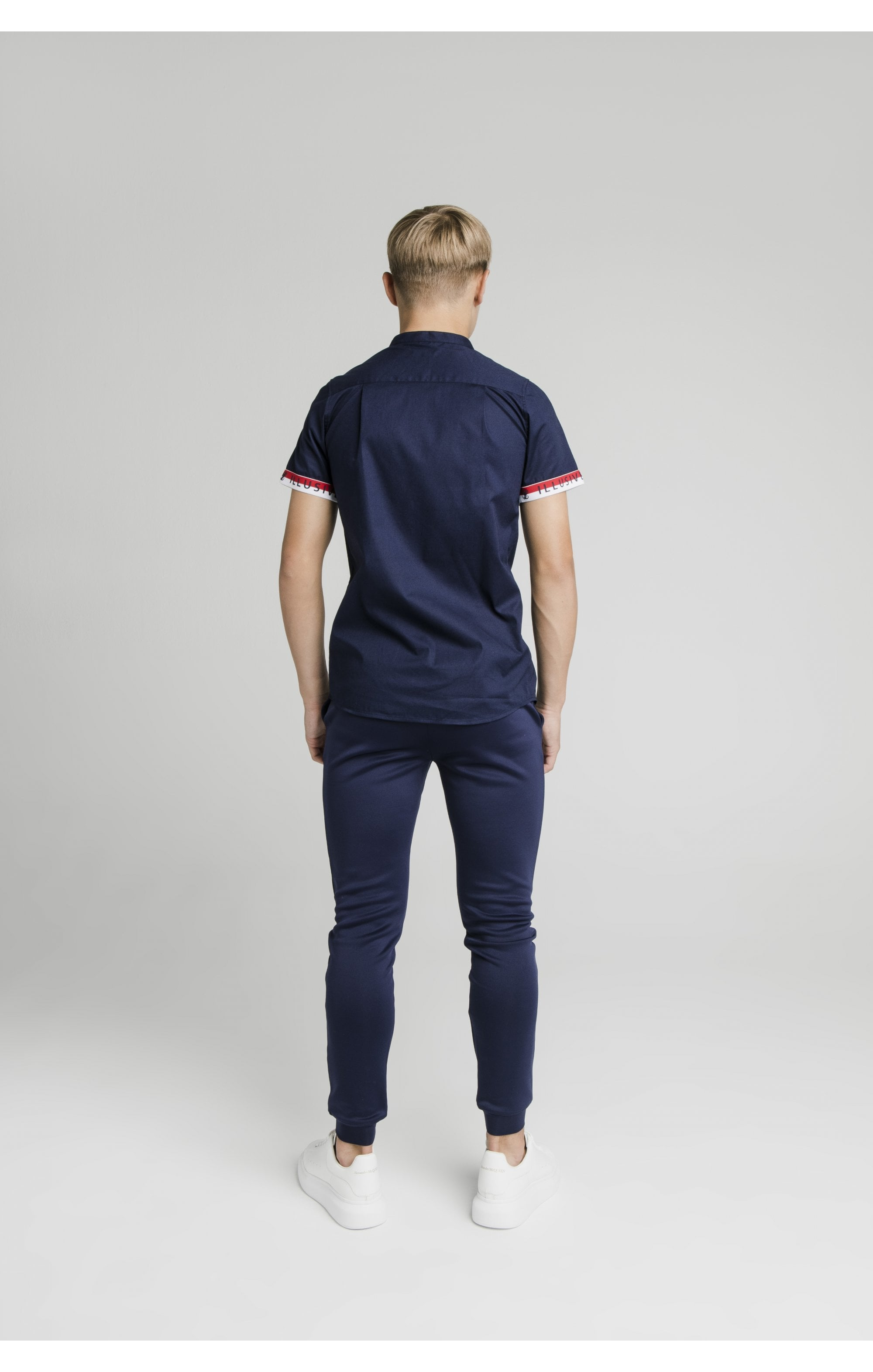 Illusive London S/S Tech Shirt - Navy (4)