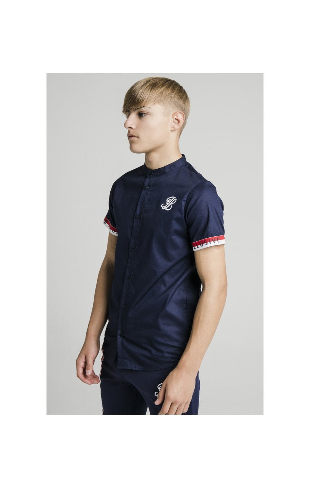 Illusive London S/S Tech Shirt - Navy (1)