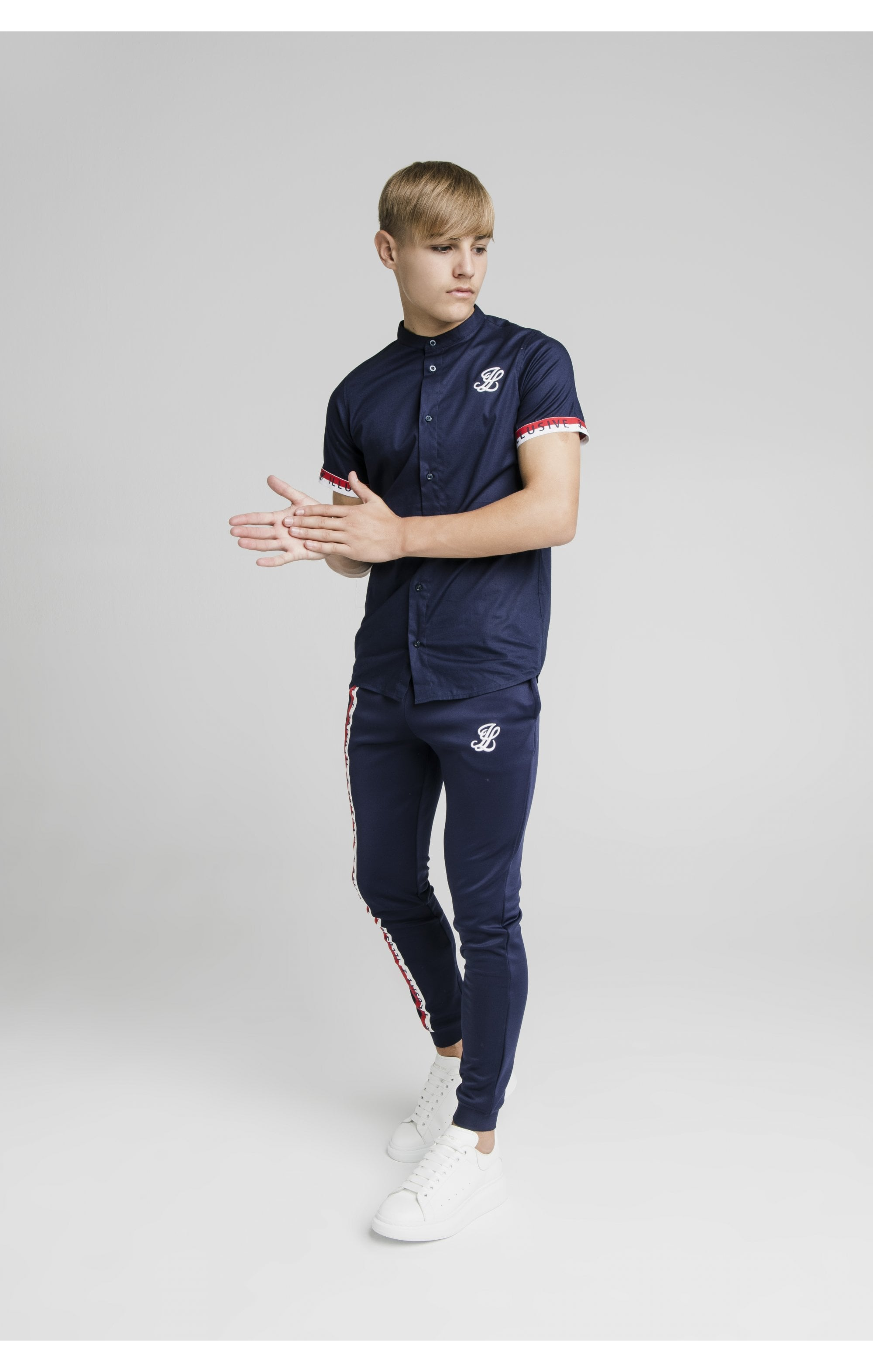 Illusive London S/S Tech Shirt - Navy (2)