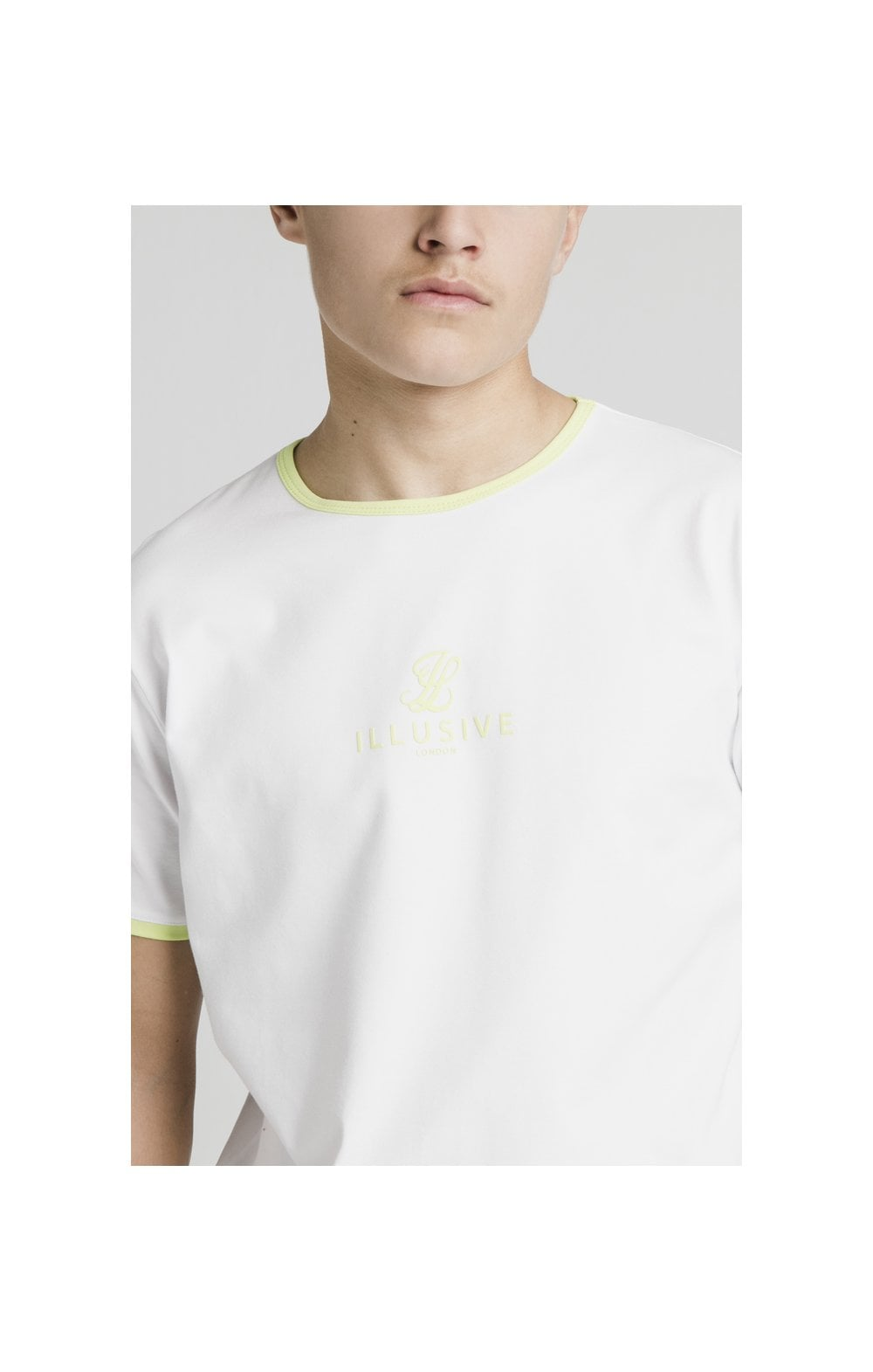 Load image into Gallery viewer, Illusive London Logo Tee - White (1)