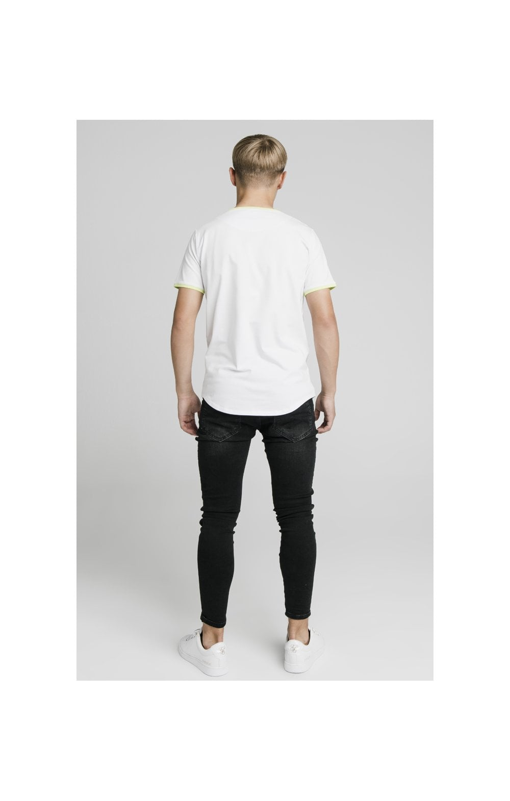 Load image into Gallery viewer, Illusive London Logo Tee - White (6)