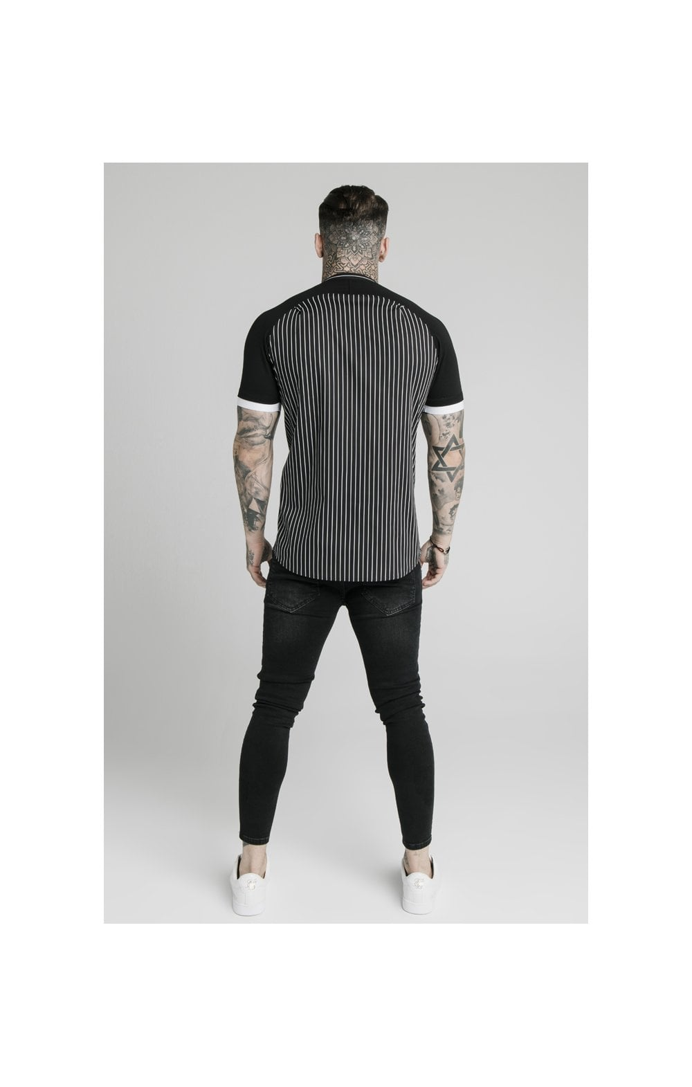 Load image into Gallery viewer, SikSilk S/S Raglan Inset Cuff  Shirt - Black & White (5)
