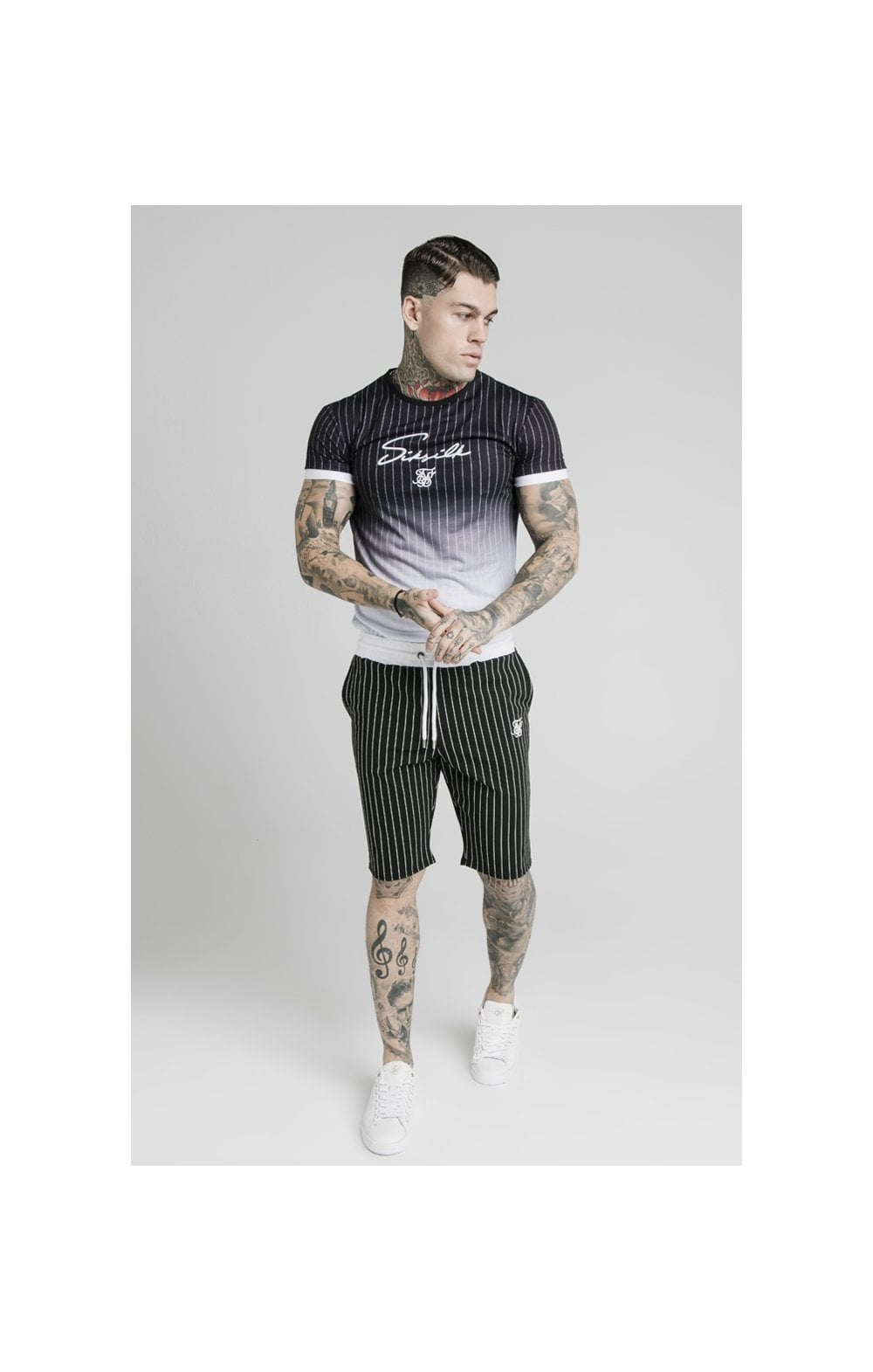Load image into Gallery viewer, SikSilk Chino Elasticated Long Shorts - Black & White (2)