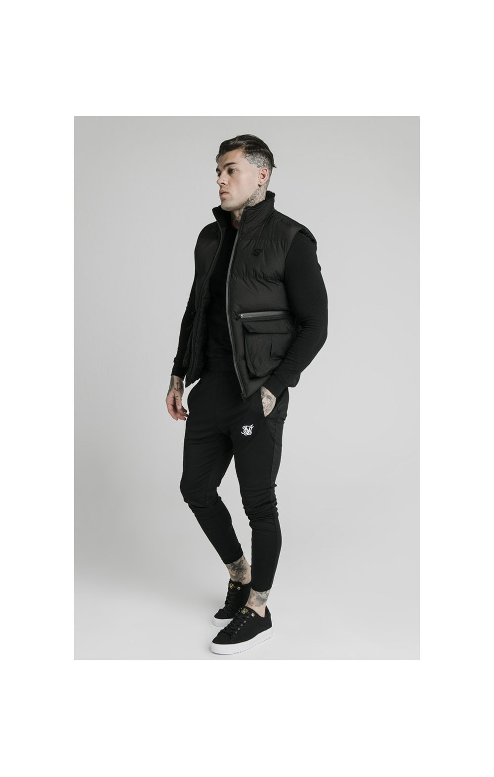 Load image into Gallery viewer, SikSilk Gilet - Black (1)