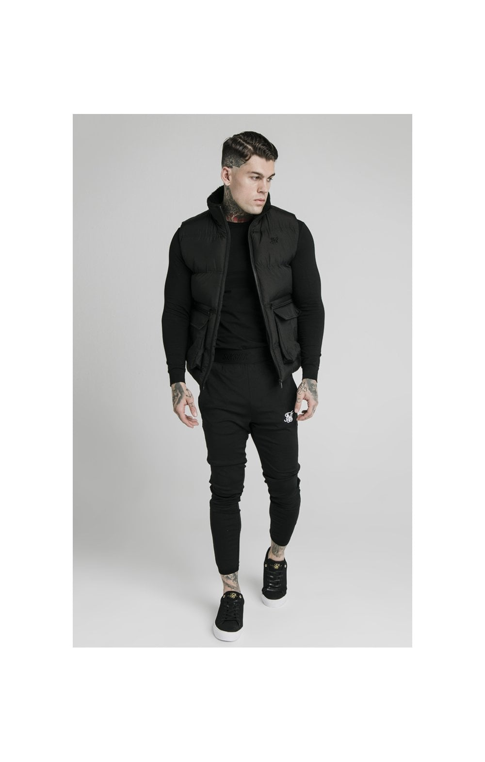 Load image into Gallery viewer, SikSilk Gilet - Black (3)