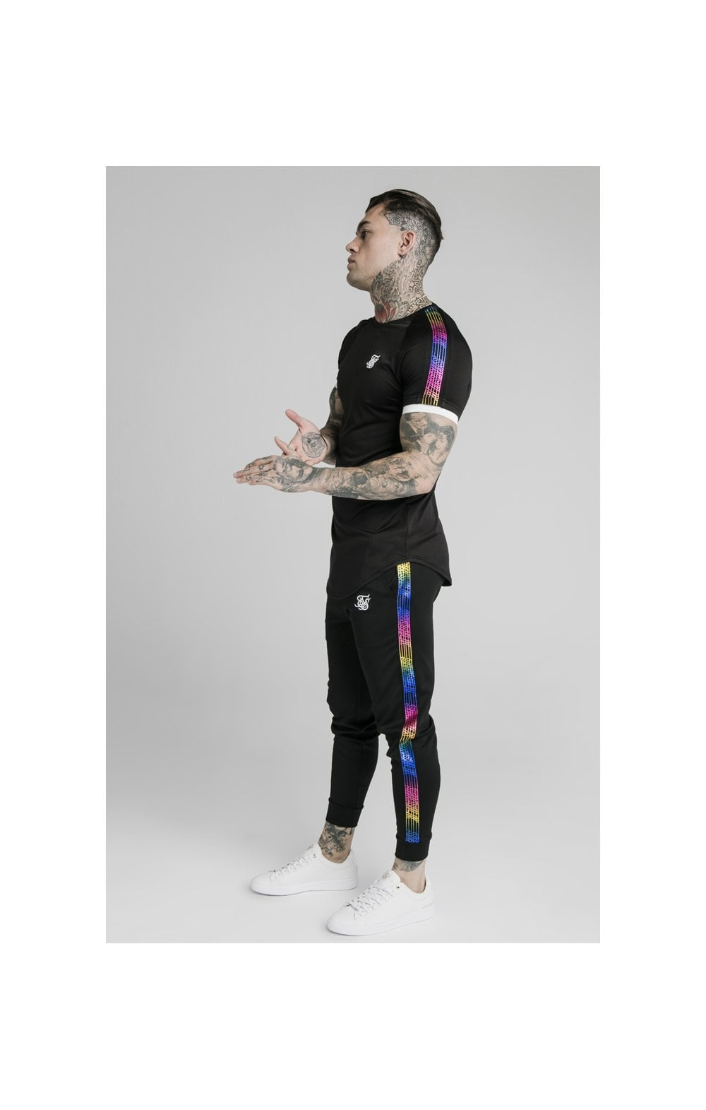 Load image into Gallery viewer, SikSilk S/S Fade Runner Tech Tee - Black (1)