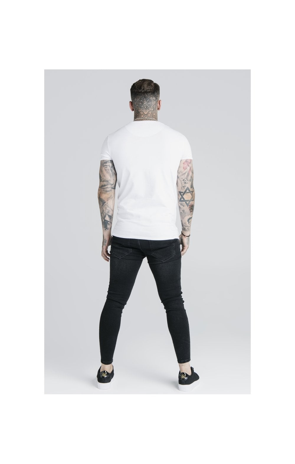 Load image into Gallery viewer, SikSilk Straight Hem Gym Tee - White (4)