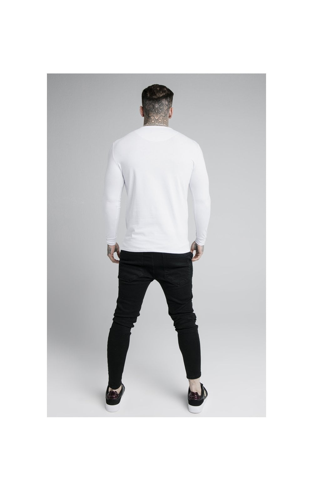 Load image into Gallery viewer, SikSilk L/S Straight Hem Gym Tee – White (5)