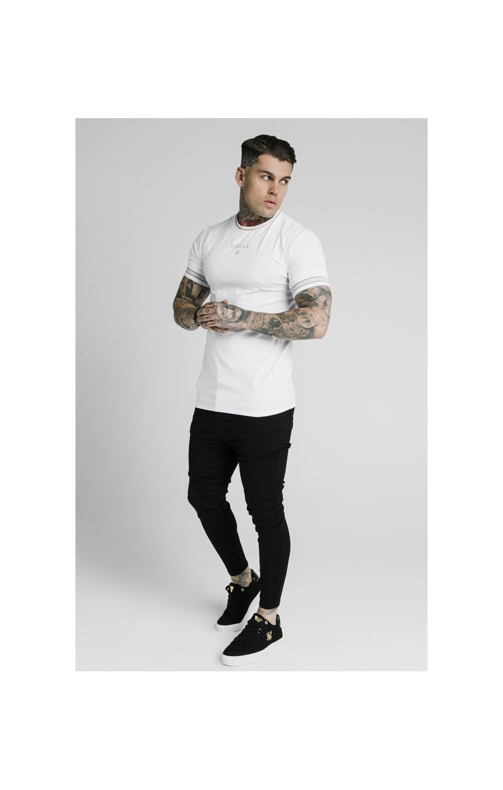 Load image into Gallery viewer, SikSilk Element Straight Hem Gym Tee – White & Gold (3)