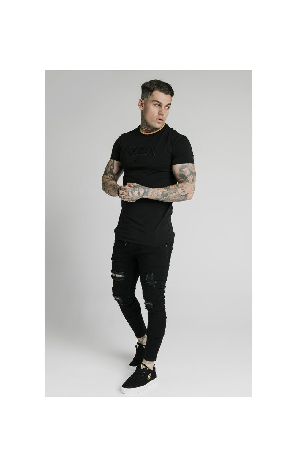 Load image into Gallery viewer, SikSilk Straight Hem Gym Tee – Black & Gold (2)
