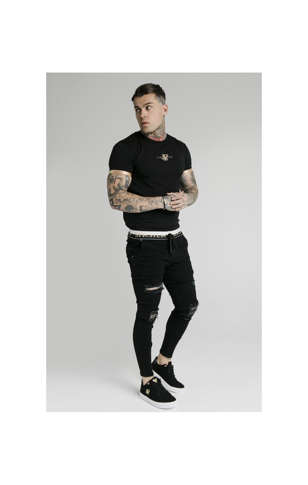 SikSilk S/S Inset Cuff Gym Tee – Black & Gold (2)