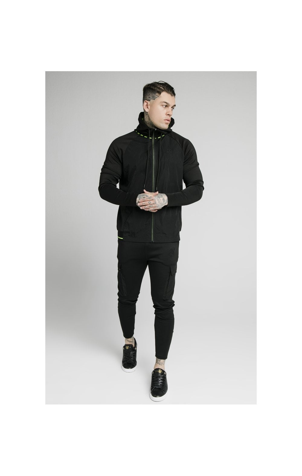 Load image into Gallery viewer, SikSilk Adapt Crushed Nylon Zip Through – Black (5)