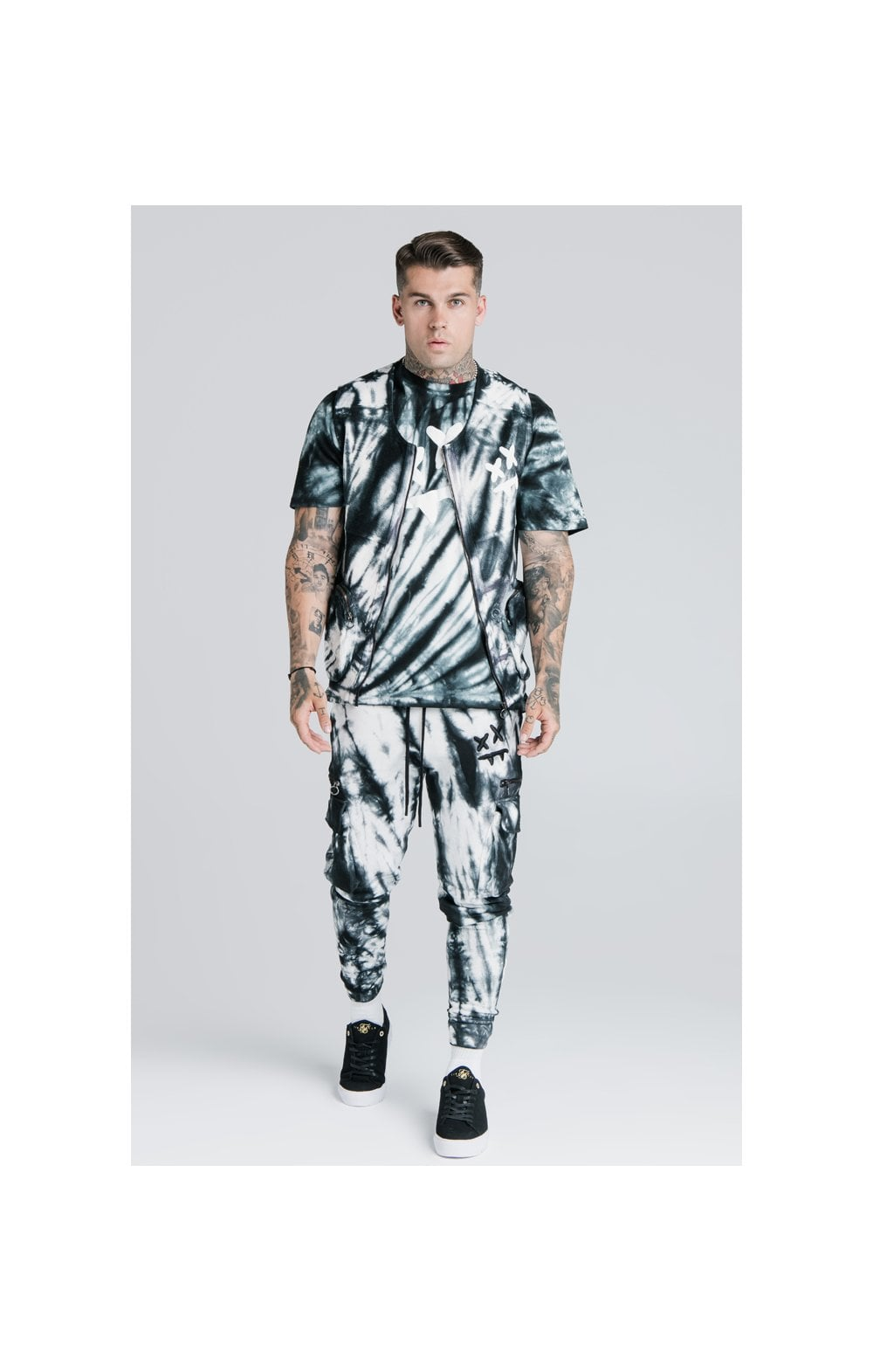 Load image into Gallery viewer, SikSilk X Steve Aoki Utility Vest - Black & White Ink Tie Dye (2)
