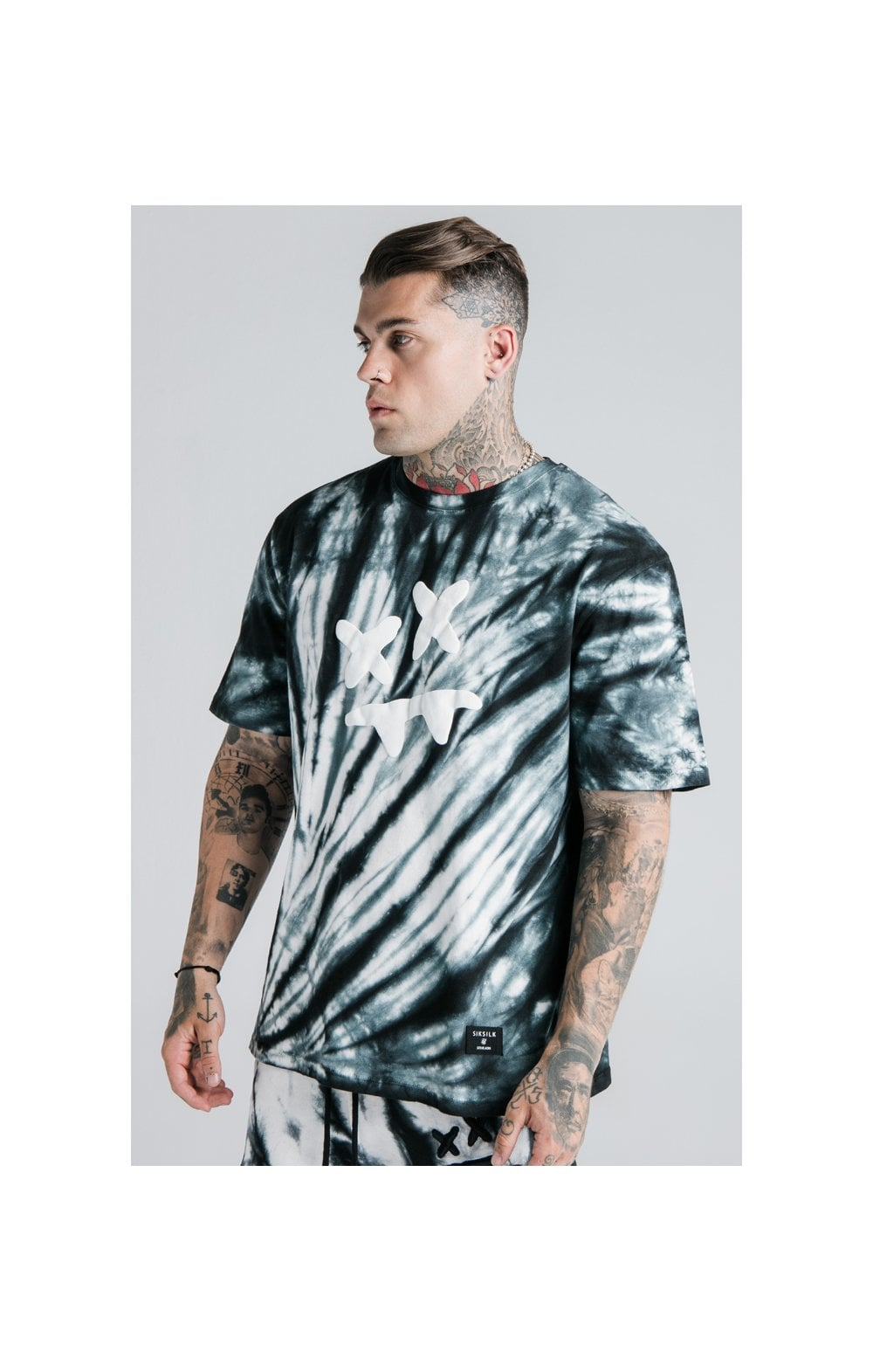 Load image into Gallery viewer, SikSilk X Steve Aoki S/S Oversize Essential Tee – Black & White Tie Dye (1)