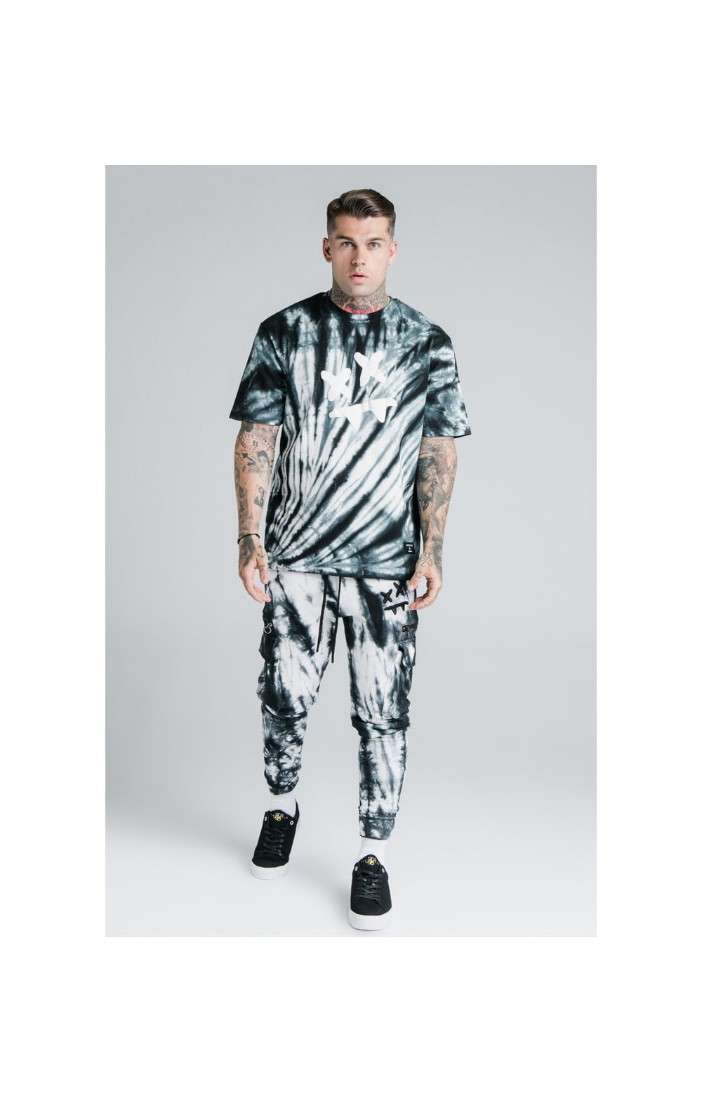 Load image into Gallery viewer, SikSilk X Steve Aoki S/S Oversize Essential Tee – Black & White Tie Dye (5)