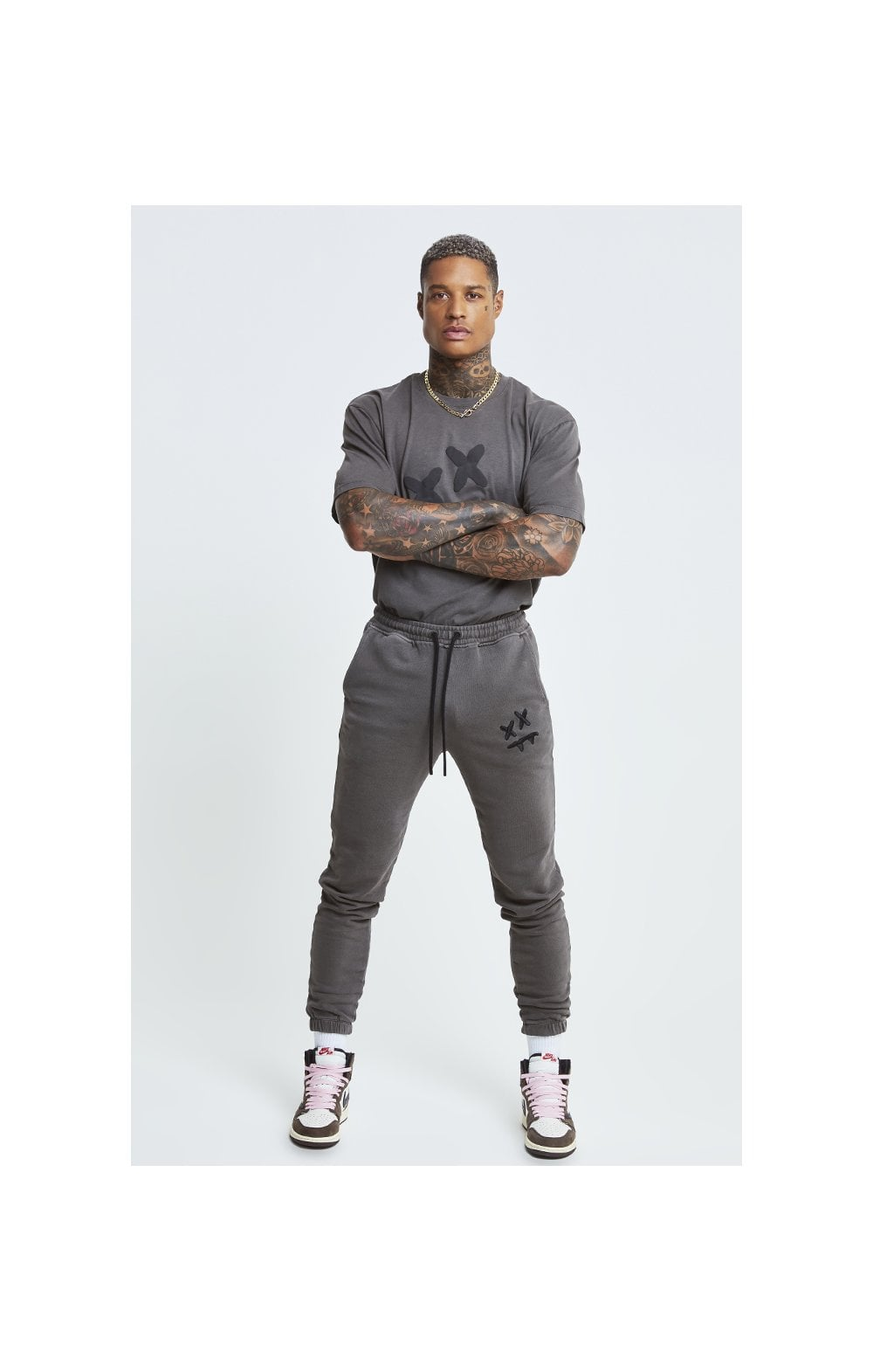Load image into Gallery viewer, SikSilk X Steve Aoki Joggers - Washed Grey (2)