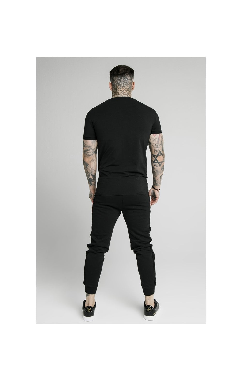 Load image into Gallery viewer, SikSilk S/S Signature Flock Tee - Black (5)