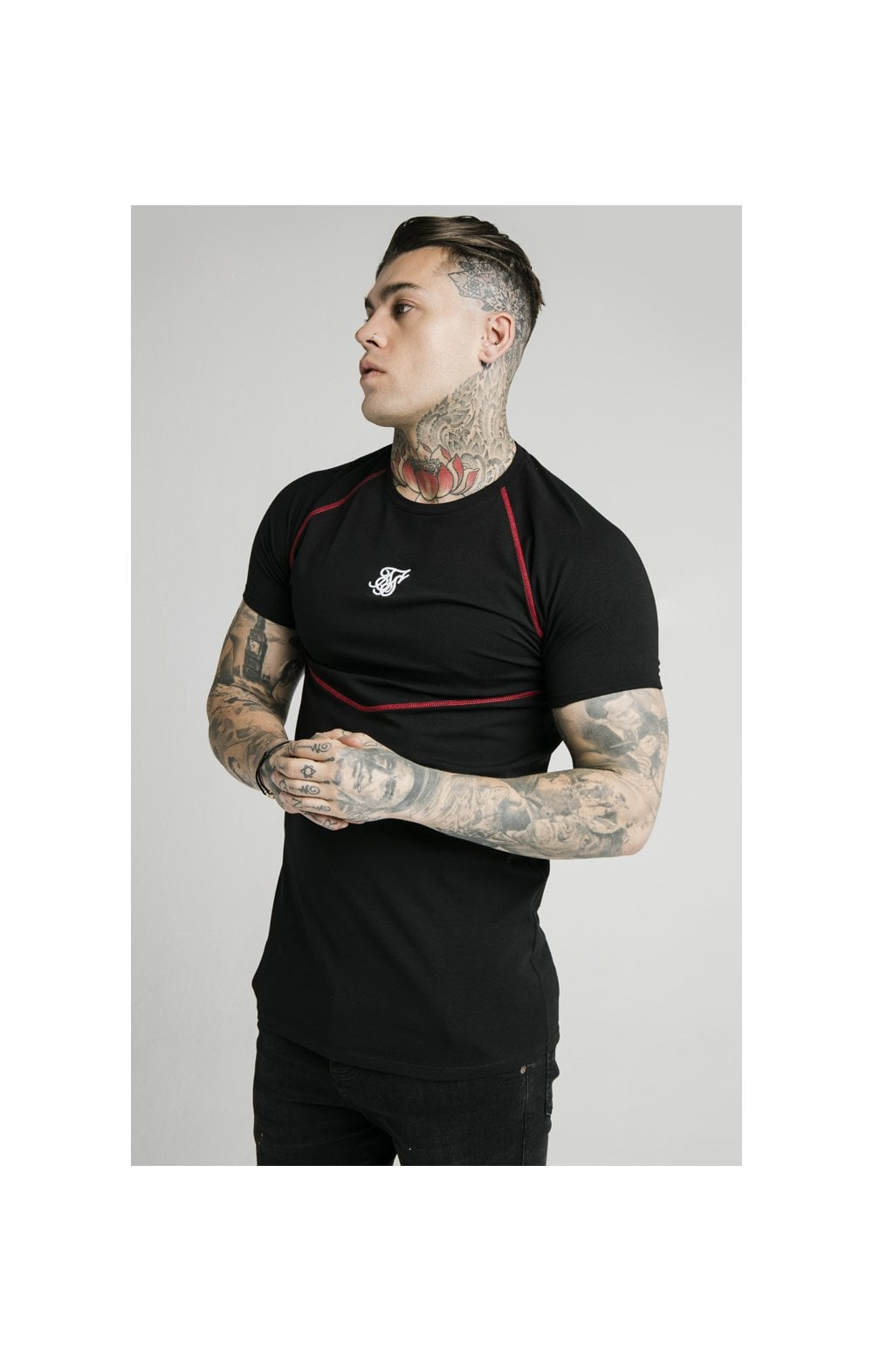 Load image into Gallery viewer, SikSilk Cover Stitch Raglan Gym Tee - Black & Red (1)