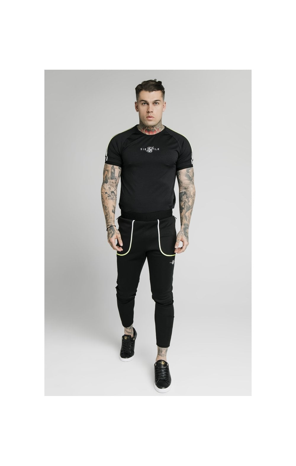 SikSilk Legacy Fade Tech Tee – Black & Fluro White (2)