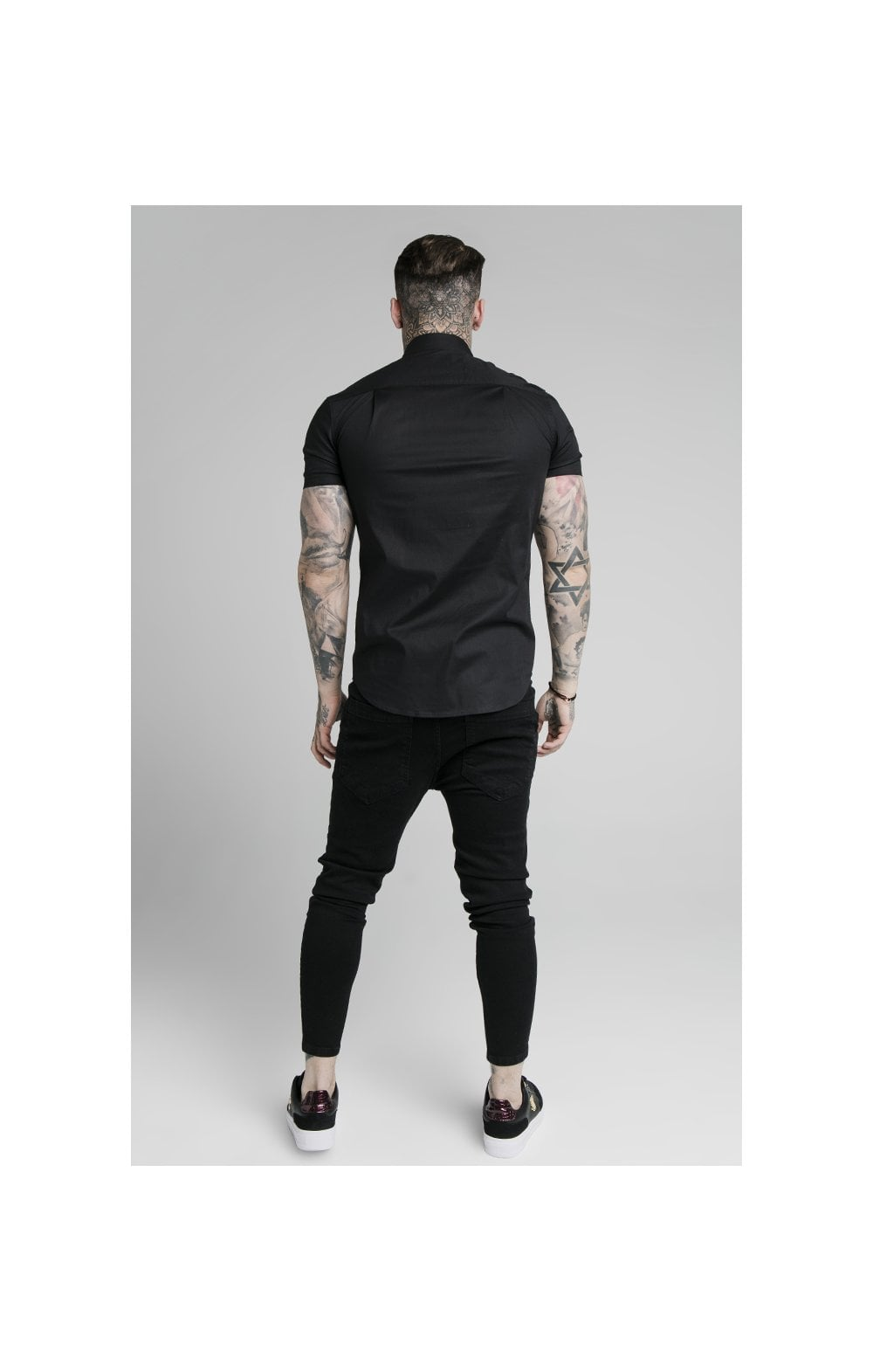SikSilk S/S Woven Tape Placket Shirt - Black (3)