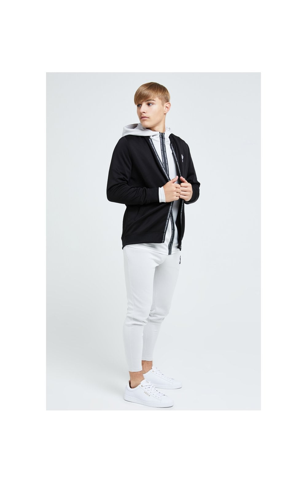 Illusive London Apex Bomber - Black (2)