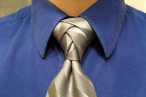 How to Tie an Eldredge Knot for Silk Neckties | Nathon Kong