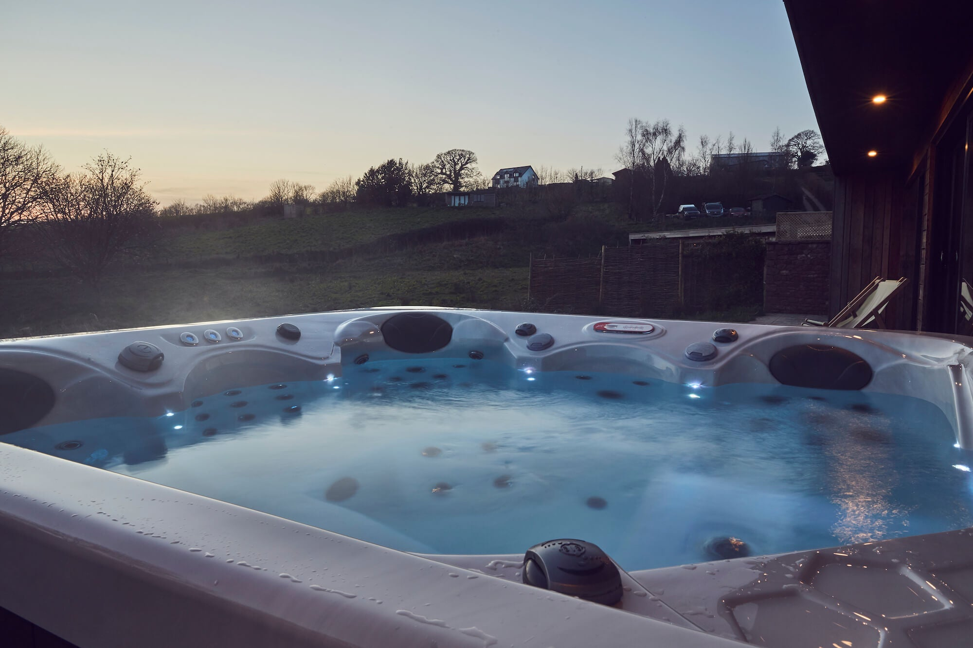 How long do hot tubs last? | Just Hot Tubs