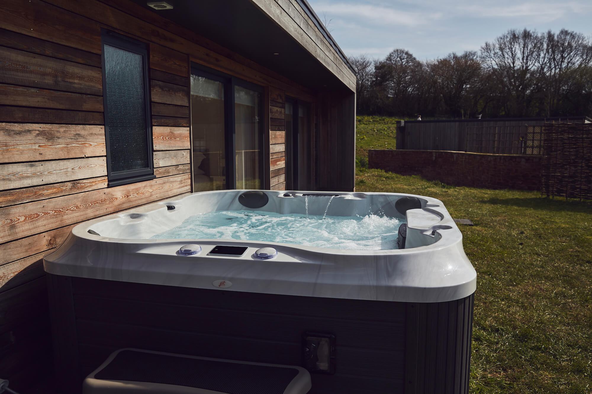 Should I leave my hot tub on all the time | Just Hot Tubs