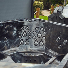 Load image into Gallery viewer, Just Hot Tubs - Luxe Range - Lugna