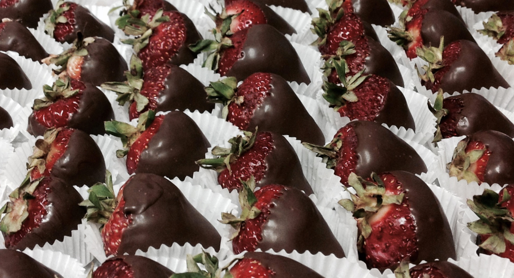Chocolate Covered Strawberries (Seasonal)